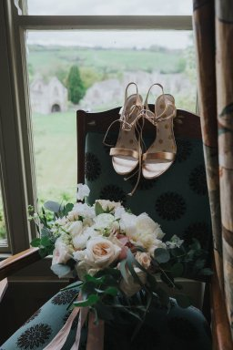 A Spring Wedding at Middleton Lodge (c) Charlotte White Photography (5)