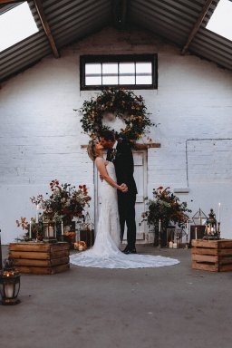 A Styled Shoot at White Sykes Fields (c) Charlotte Nelson Photography (30)