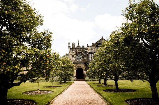 A Relaxed Wedding At East Riddlesden Hall (c) Hayley Baxter Photography (62)