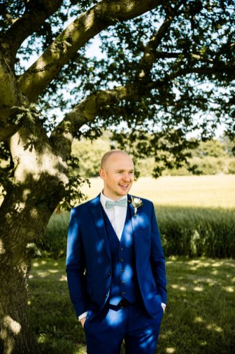 A Rustic Wedding at Barmbyfield Barns (c) Hayley Baxter Photography (63)
