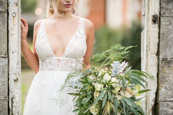 A Natural Wedding Styled Shoot at Thicket Priory (c) Jane Beadnell Photography (14)