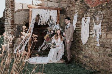 A Boho Styled Shoot at Sheffield Manor (c) Alicia Eden Photography (11)