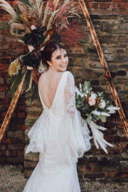 A Boho Styled Shoot at Sheffield Manor (c) Alicia Eden Photography (23)