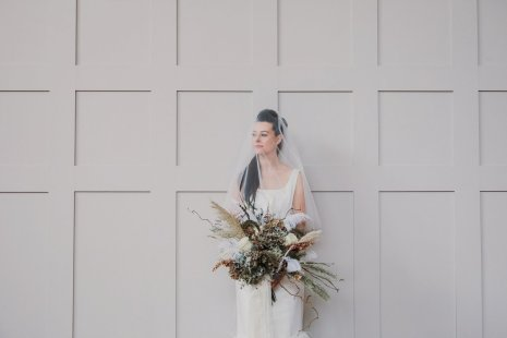 A Swan Lake Styled Shoot at Thickett Priory (c) Victoria Baker Weddings (18)