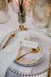 A Swan Lake Styled Shoot at Thickett Priory (c) Victoria Baker Weddings (24)