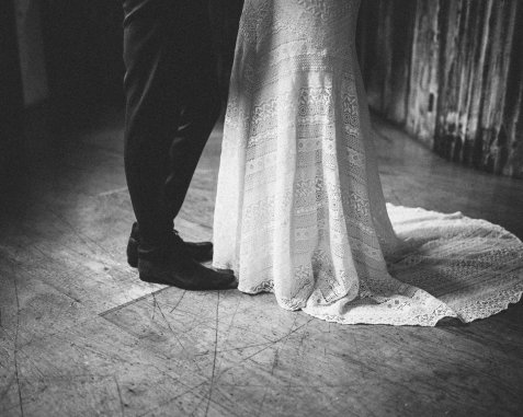 A Woodland Wedding Shoot at Holmes Mill (c) Kathryn Taylor Photography (6)