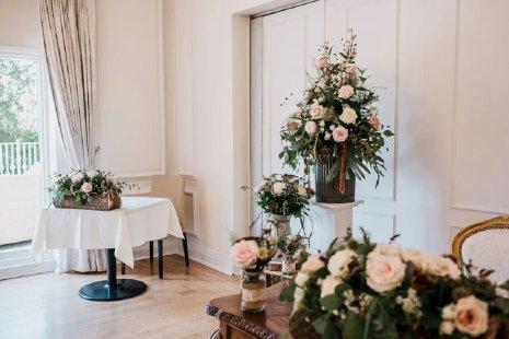 A Pretty Wedding at West Tower (c) Sarah Glynn Photography (26)