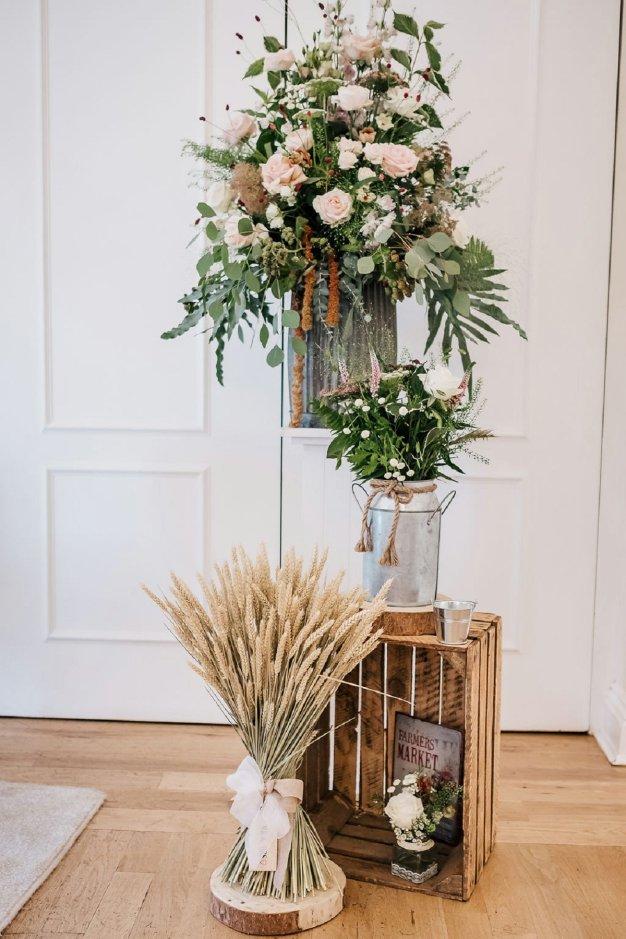 A Pretty Wedding at West Tower (c) Sarah Glynn Photography (28)