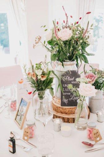 A Pretty Wedding at West Tower (c) Sarah Glynn Photography (63)