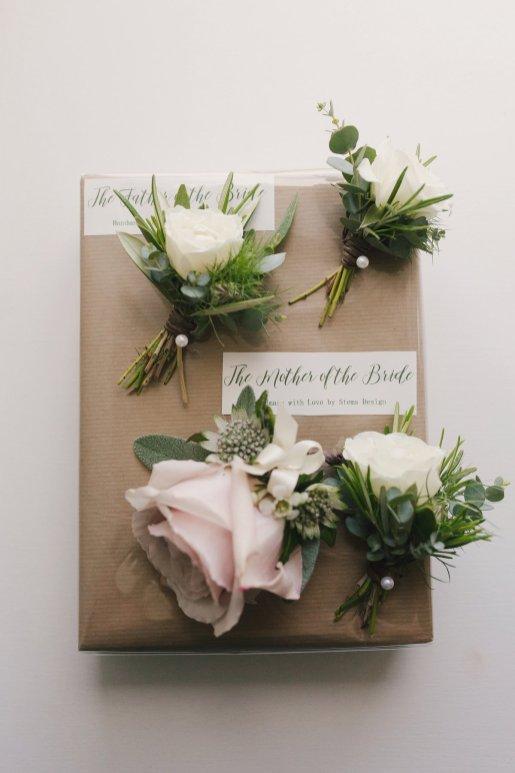 A Rustic Wedding at East Riddlesden Hall (c) Lissa Alexandra Photography (10)