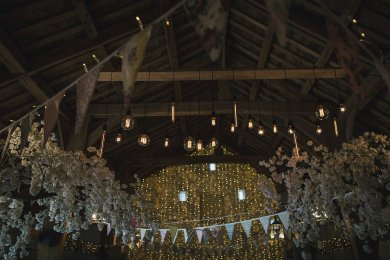 A Rustic Wedding at East Riddlesden Hall (c) Lissa Alexandra Photography (63)