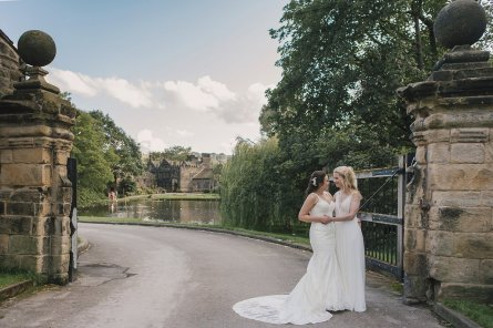 A Rustic Wedding at East Riddlesden Hall (c) Lissa Alexandra Photography (78)