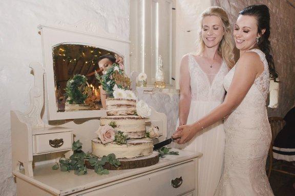 A Rustic Wedding at East Riddlesden Hall (c) Lissa Alexandra Photography (85)