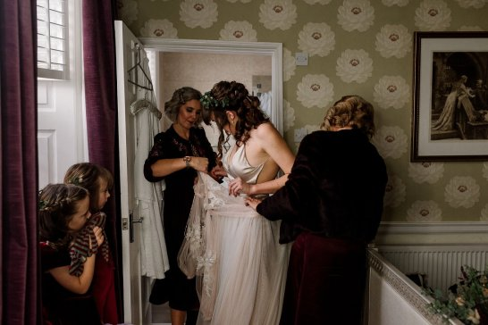 A Winter Wedding in Yorkshire (c) Georgie Beck Photography (23)