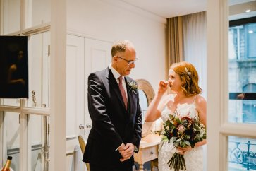 A Chic City Wedding at King Street Townhouse (c) Kate McCarthy (19)