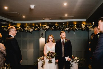 A Chic City Wedding at King Street Townhouse (c) Kate McCarthy (34)