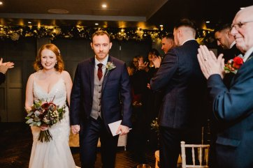 A Chic City Wedding at King Street Townhouse (c) Kate McCarthy (35)