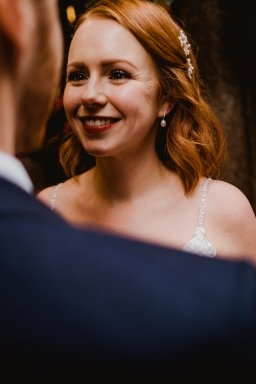A Chic City Wedding at King Street Townhouse (c) Kate McCarthy (49)