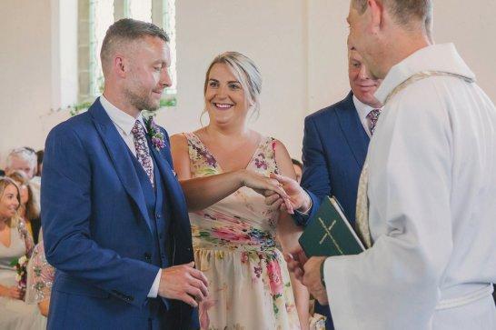 A Colourful Garden Wedding at Home (c) Lissa Alexandra Photography (42)