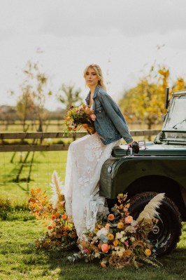 A Glowing Styled Bridal Shoot at Skipbridge Country Weddings (c) Freya Raby Photography & Kayleigh Ann Photography (20)