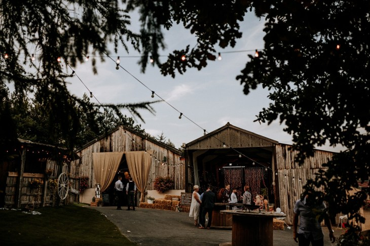 Stelfox Bride for a Vintage Wedding in Yorkshire (c) Peter Hugo Photography (78)