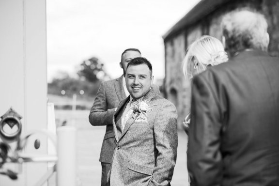 A Rustic Wedding at The Ashes (c) Charlotte Palazzo Photography (29)