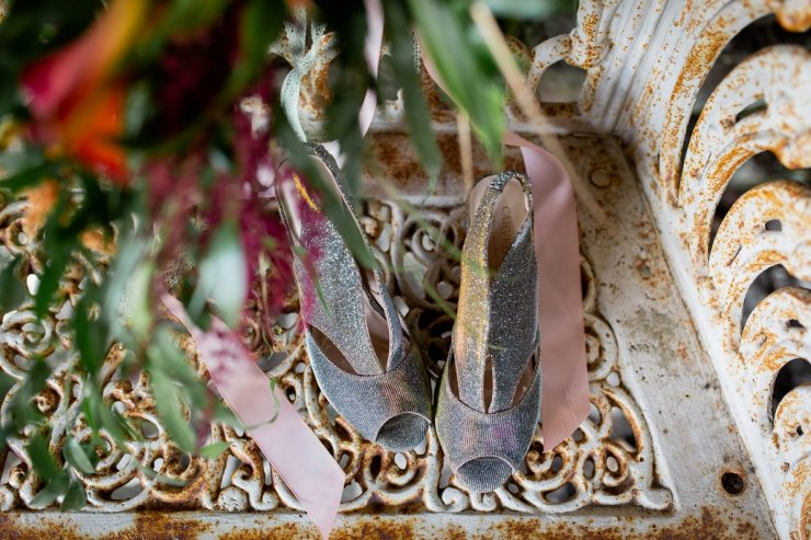 A Rustic Wedding at The Ashes (c) Charlotte Palazzo Photography (5)