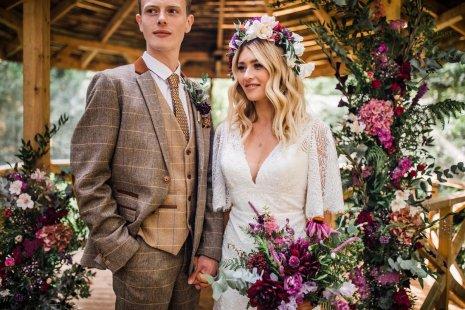 A Styled Woodland Wedding Shoot at Hazlewood Castle (c) Anna Beth Photography (19)