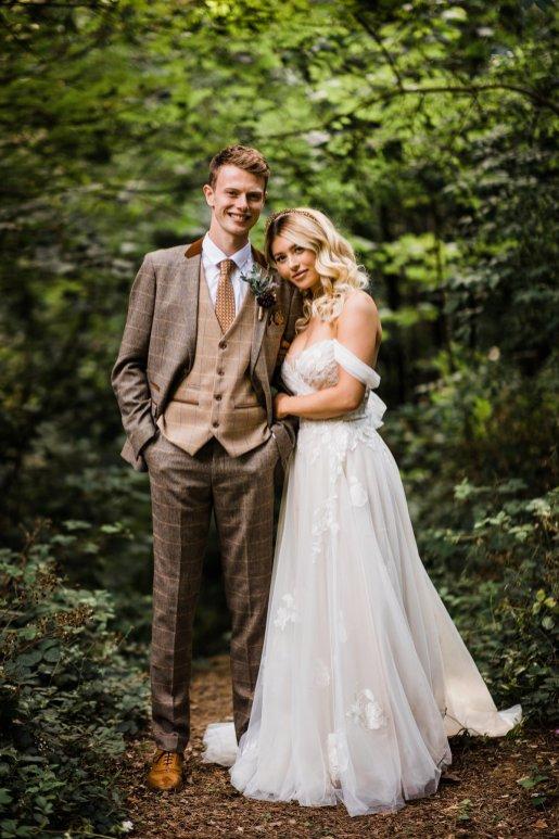 A Styled Woodland Wedding Shoot at Hazlewood Castle (c) Anna Beth Photography (34)