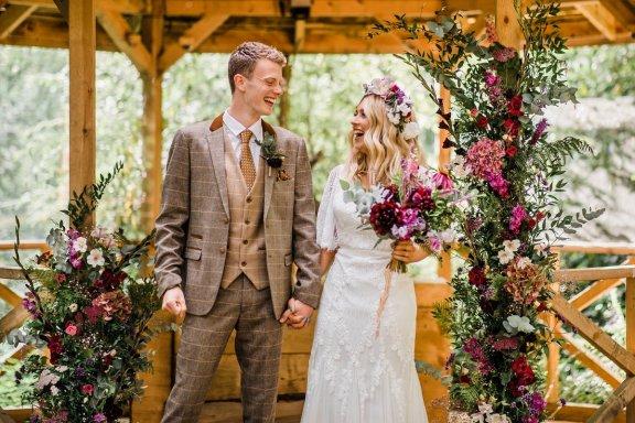 A Styled Woodland Wedding Shoot at Hazlewood Castle (c) Anna Beth Photography (36)