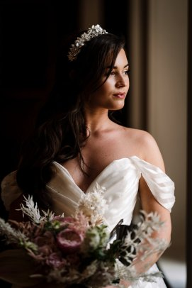 Campervan Wedding Shoot at Burton Manor wit Bellissima Brides (c) Madison Picture (112)