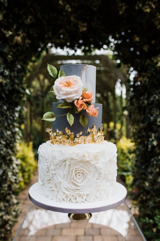 Living Coral Styled Wedding Shoot (c) Anna Beth Photography (15)