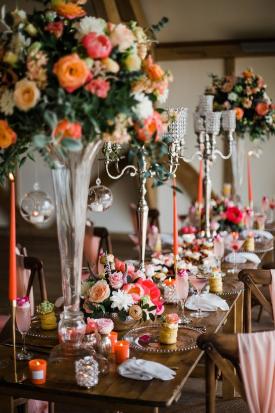 Living Coral Styled Wedding Shoot (c) Anna Beth Photography (24)