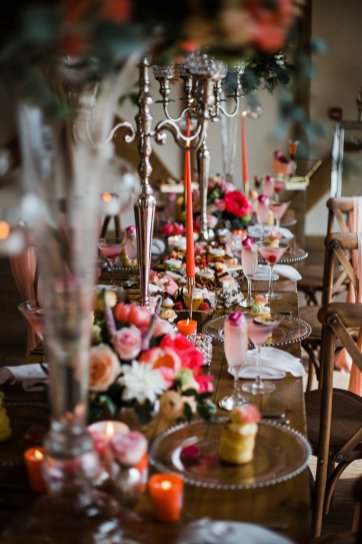 Living Coral Styled Wedding Shoot (c) Anna Beth Photography (26)
