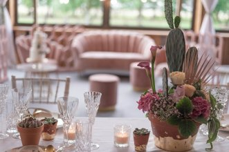 A Blush Wedding Styled Shoot at Bunny Hill Weddings (c) Littles & Loves By Francesca (15)
