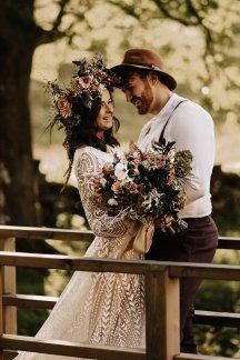 A Boho Autumn Wedding Shoot at Ponden Mill (c) Mark Bamforth Photography (20)