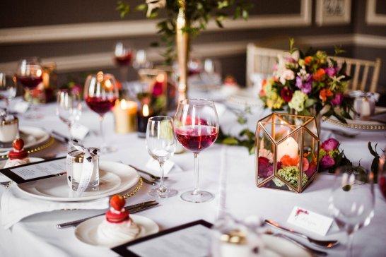 A Pretty Pink Wedding Styled Shoot at Saltmarshe Hall (c) Anna Beth Photos (16)