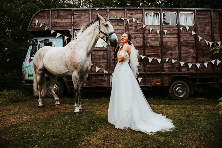 A Rustic Wedding Shoot (c) Never Ending Stories (23)