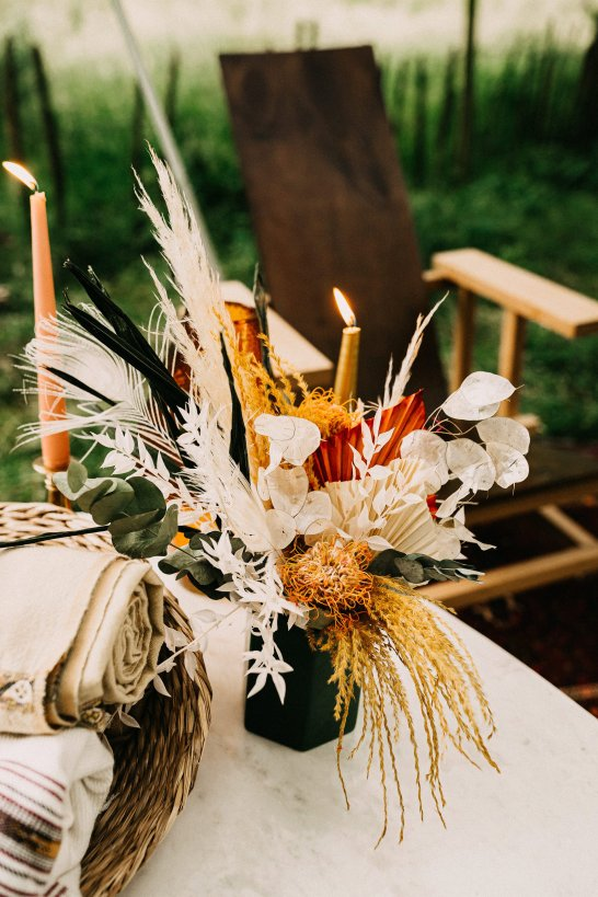 A Rustic Micro Wedding Shoot (c) Emilie May Photography (29)