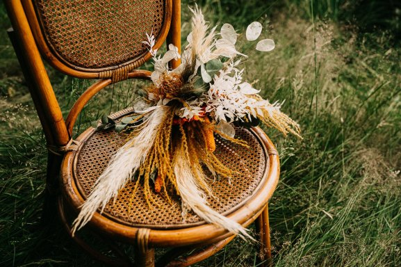 A Rustic Micro Wedding Shoot (c) Emilie May Photography (36)