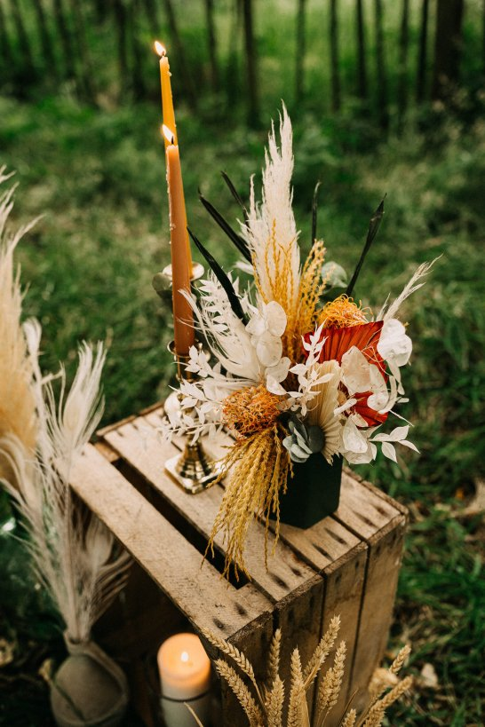 A Rustic Micro Wedding Shoot (c) Emilie May Photography (39)
