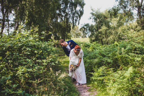 A Rustic Wildflower Micro Wedding (c) Weddings By Foyetography (12)
