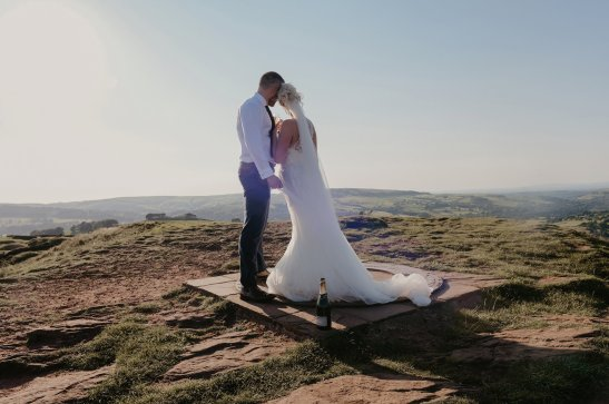 An Elopement in the Peak District (c) Wild At Heart Elopements (25)