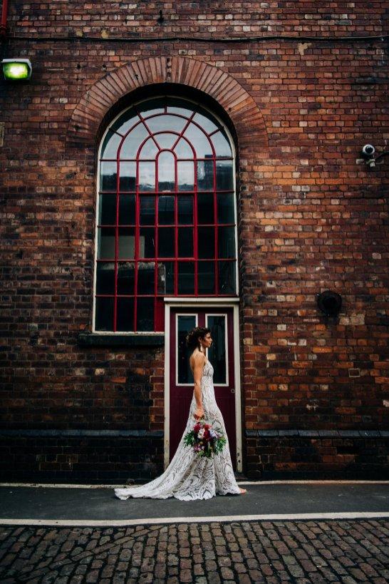 An Urban Wedding Styled Shoot at Kelham Island Museum (c) Veil & Gun Photography (39)