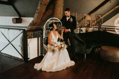Luxe Rustic Wedding Shoot at The Grand Lodge at Oaklands (c) Louise Pollitt Photography (10)
