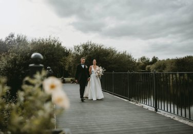 Luxe Rustic Wedding Shoot at The Grand Lodge at Oaklands (c) Louise Pollitt Photography (30)