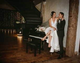 Luxe Rustic Wedding Shoot at The Grand Lodge at Oaklands (c) Louise Pollitt Photography (7)