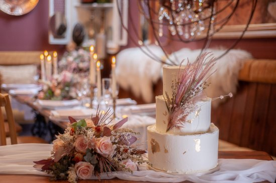 A Romantic Wedding Styled Shoot at Skitby House (c) Naomi House Photography (14)