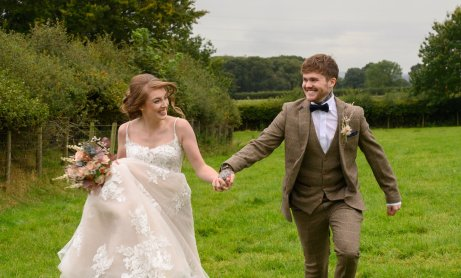 A Romantic Wedding Styled Shoot at Skitby House (c) Naomi House Photography (44)
