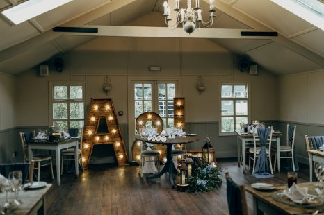A Rustic Wedding at The Parlour at Blagdon (c) Chocolate Chip Photography (27)